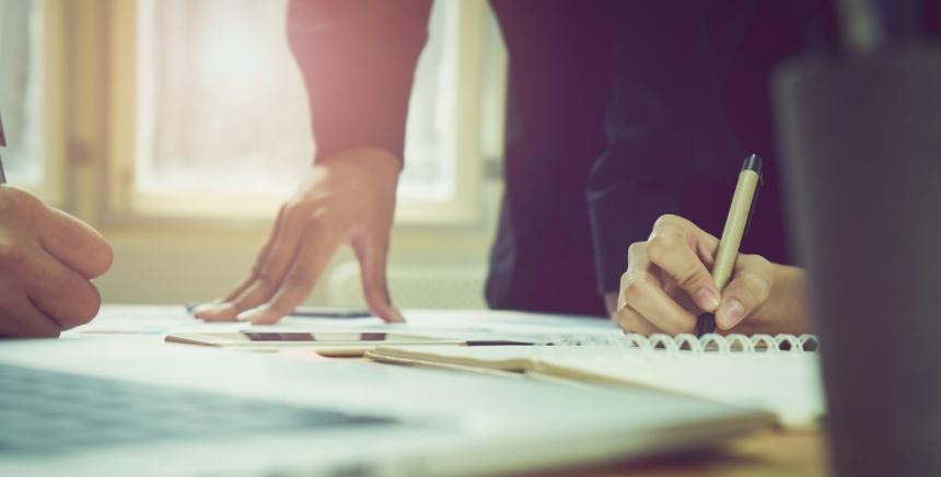 Le CNFPT propose deux cycles de formation professionnels pour les DRH, de – et + de 40 000 habitants.