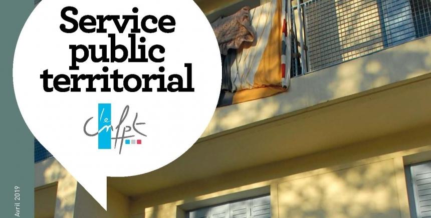 couverture du magazine : façade d'un immeuble avec deux silhouettes en ombre